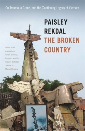 The Broken Country uses a violent incident that took place in Salt Lake City, Utah, in 2012 as a springboard for examining the long-term cultural and psychological effects of the Vietnam War. To make sense of the shocking and baffling incident—in which a young homeless man born in Vietnam stabbed a number of white men purportedly in retribution for the war—Paisley Rekdal draws on a remarkable range of material and fashions it into a compelling account of the dislocations suffered by the Vietnamese and also by American-born veterans over the past decades.