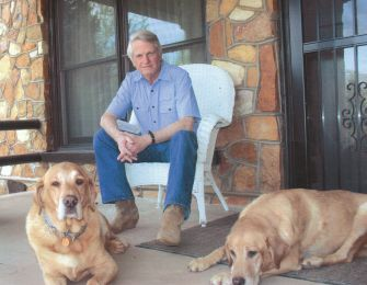 Zell Miller with dogs